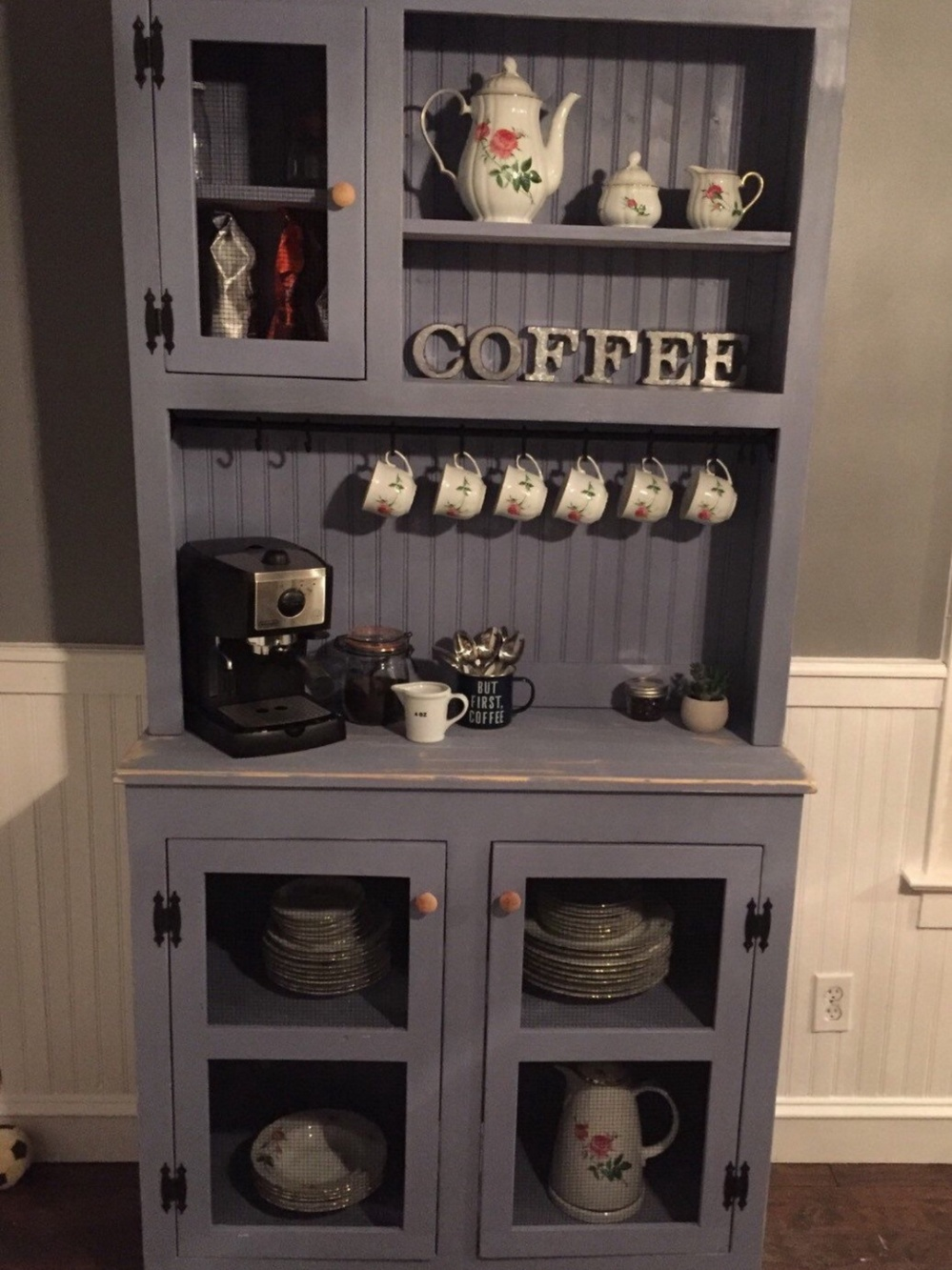 30+ Stylish Home Coffee Bar Ideas (Stunning Pictures ...